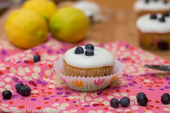 Lemon Blueberry Cupcakes www.confessionsofabakingqueen.com