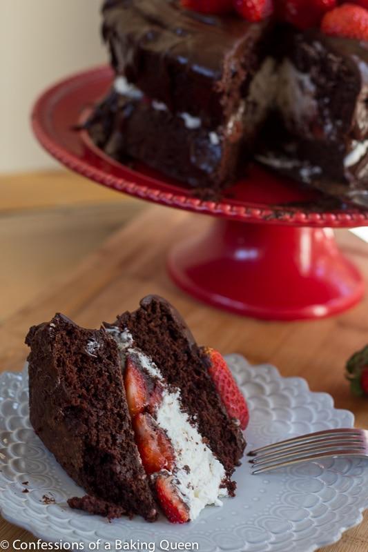How Do I Store Chocolate Cake In The Fridge